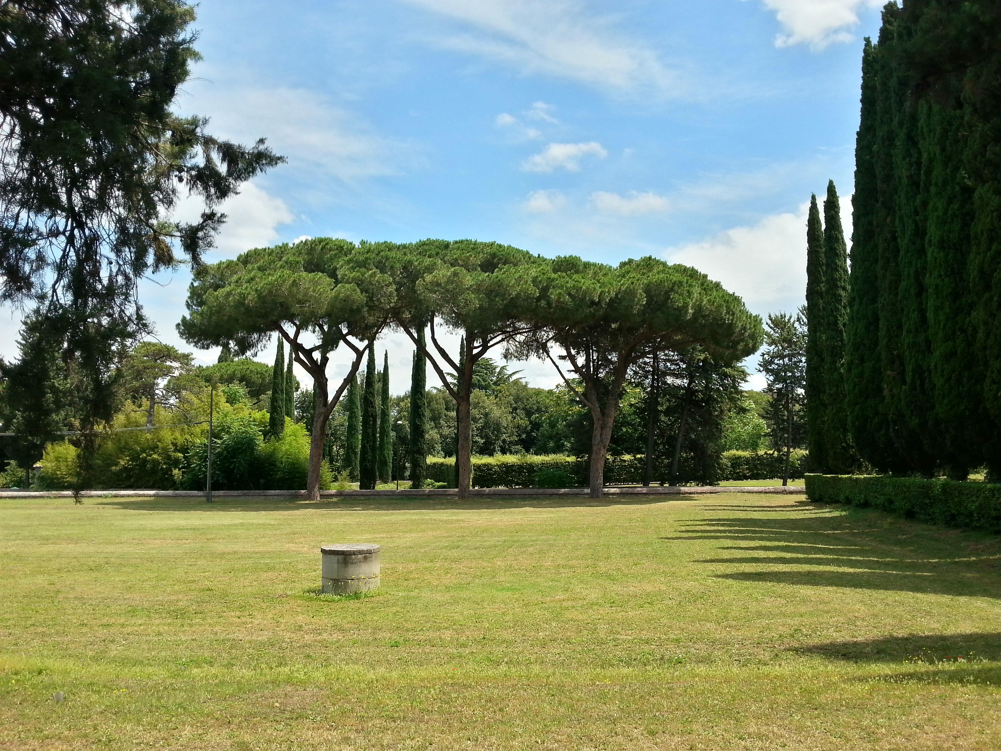 Park an der Via Appia zwischen St. Stephano und der kleinen Quo-Vadis-Kirche